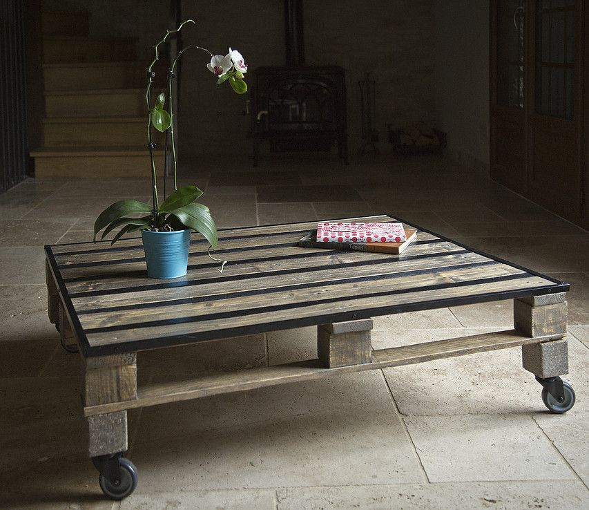 La Coffee Table © La Petite Bricoleuse