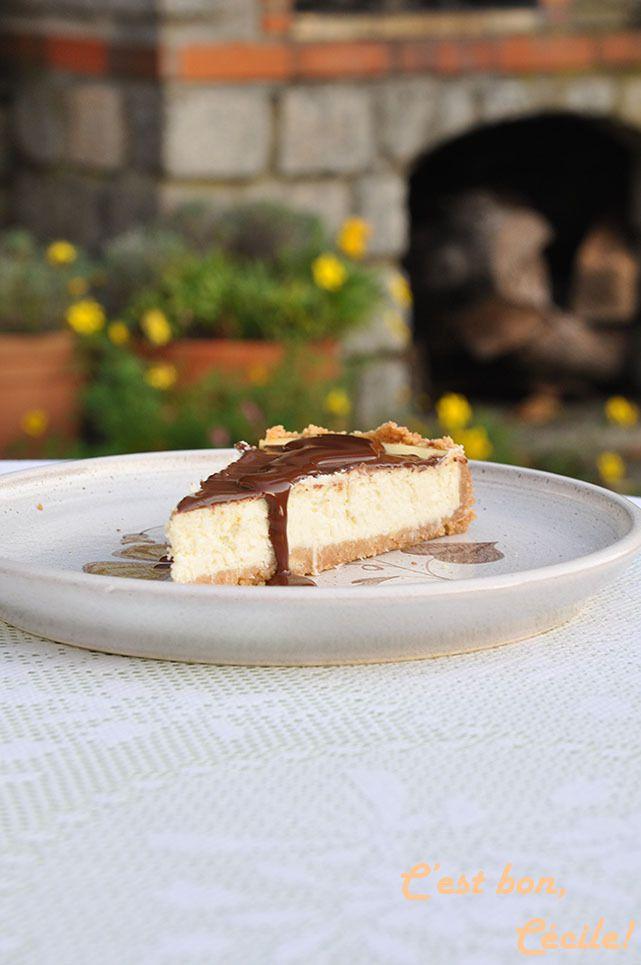 Cheesecake à la noix de coco et ganache au chocolat