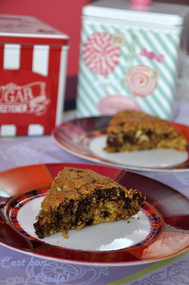 Giant Cookie à la butternut, pépites de chocolat, noisettes et amandes éffilées