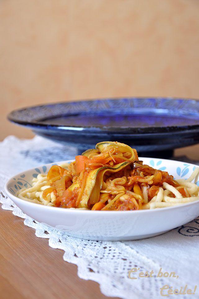 Poêlée de légumes en tagliatelles au curcuma (végétarien)