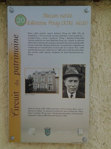 Plaque Circuit du Patrimoine (Photo : Office de Tourisme de Saint-Symphorien-sur-Coise)