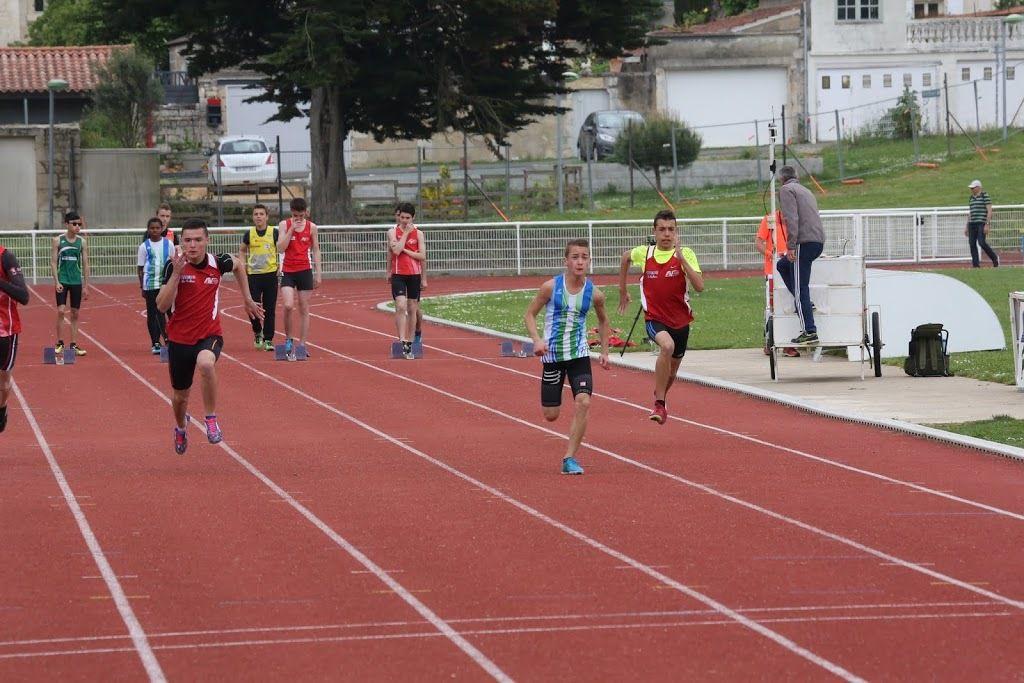 """Aubin et Baptiste vraiment au """"coude à coude"""" au départ du 1000m, Martin en plein effort du 50m, et Siobhan au saut en longueur"""