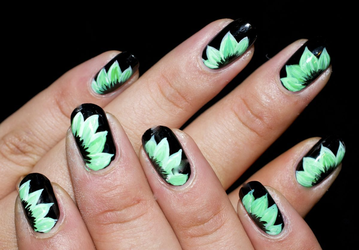 Nail Art Zhostovo dégradé de vert