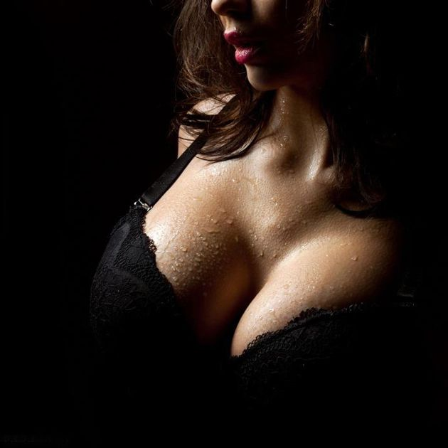 Big Tits - Brune - Sexy - Picture - Free