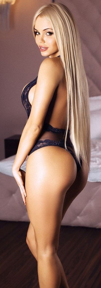 Katya Sambuca - Blonde - Sexy - Lingerie - Picture - Free