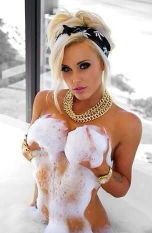 Femme - Blonde - Sexy - Bain - Picture - Free
