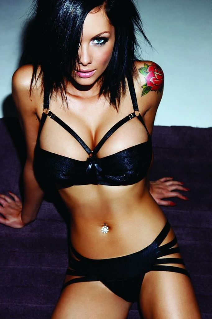 Jessica Jane Clément - Brune - Sexy - Lingerie - Picture - Free