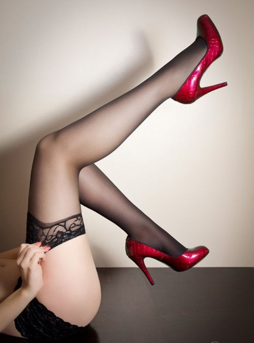 Femme - Sexy - Courbes - Talons hauts - Picture - Free