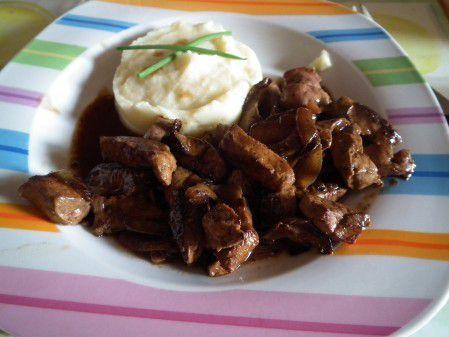 Foie de boeuf aux oignons et monbazillac