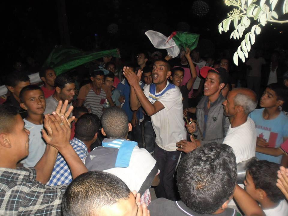 Aïn-Dzarit, fête le 2ème Tour, l'Algérie Qualifiée.