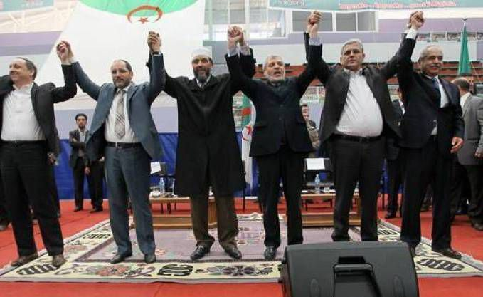 Abderzak Makri des frères musulmans Algériens veut faire son coup d'état.