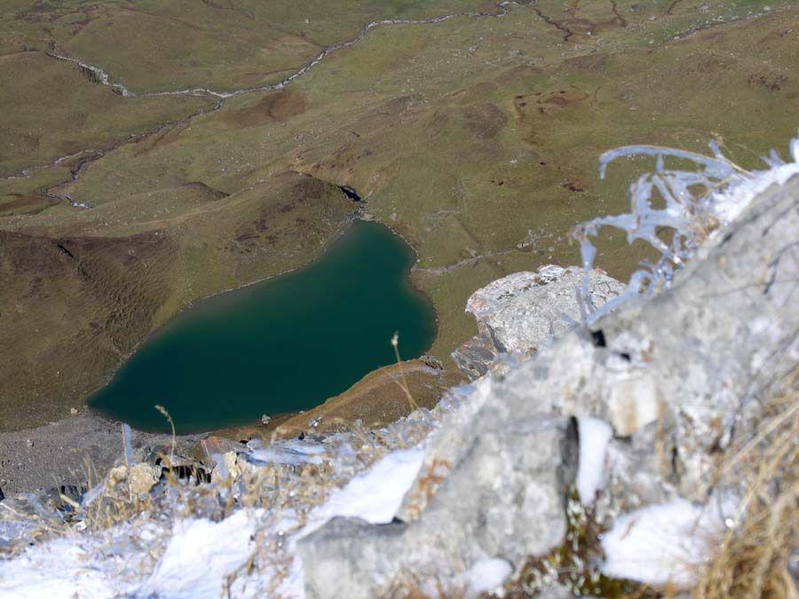 Zoom sur le lac d'Amour , joli comme un coeur....
