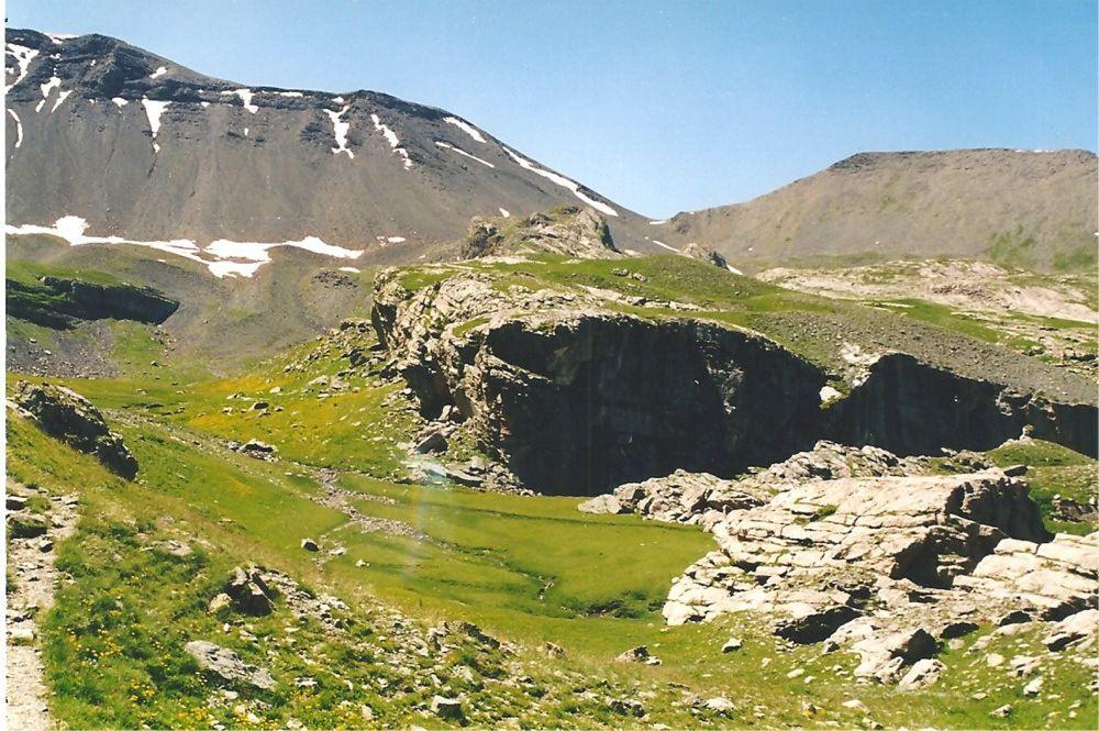 L'auge glaciaire sous le Mont Mounier