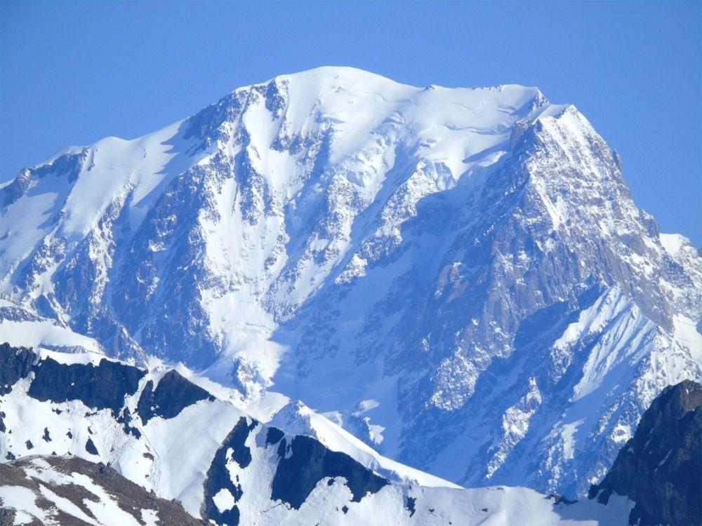 Au loin le Mont Blanc et son zoom