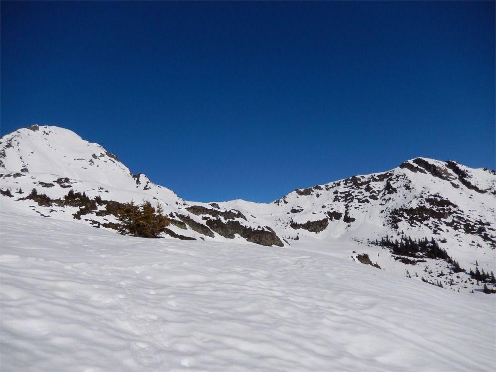 De gauche à droite: La Légette-col de Roche Plane-Roche Plane