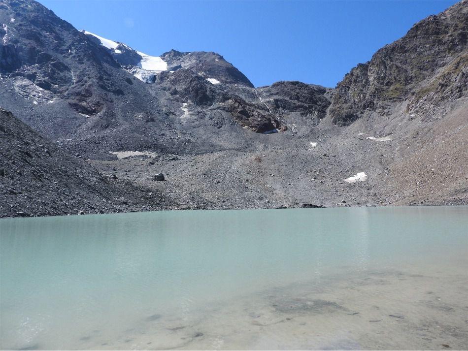 Vue sur le Col du Grand Col et le glacier du Grand Col et l'Aiguille du Saint Esprit