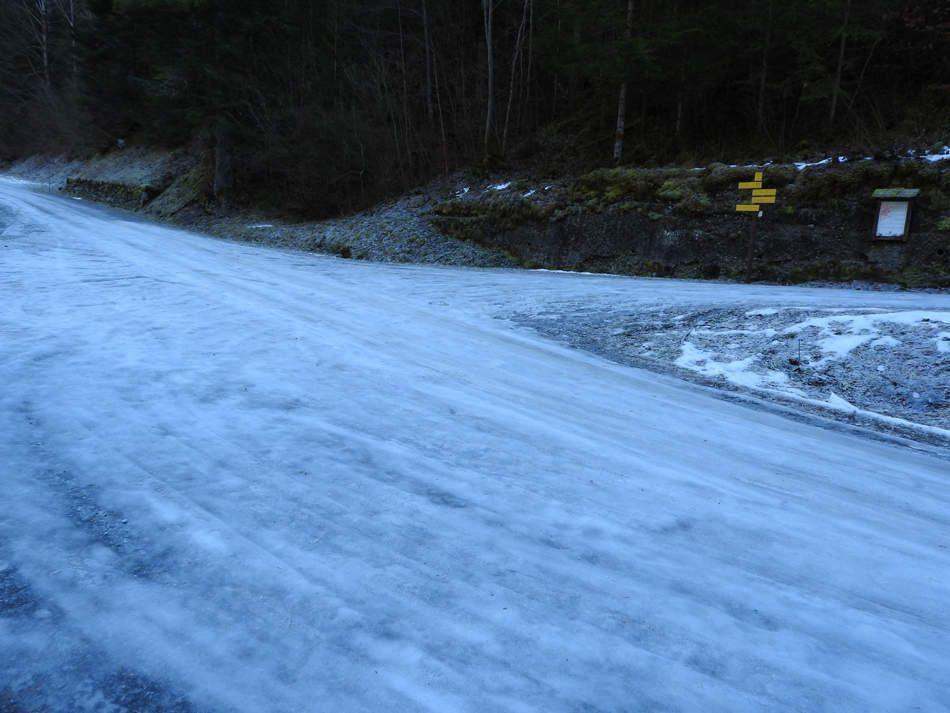 La route du Nant Fourchu ou patinoire???