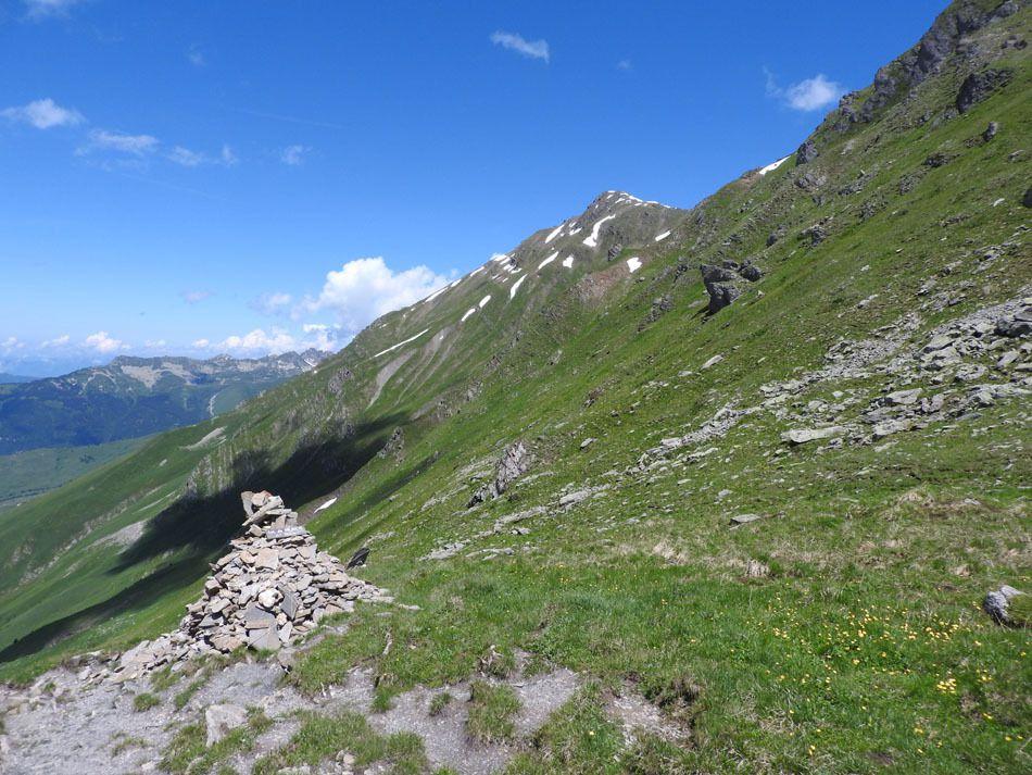 Le cairn du col de Valbuche