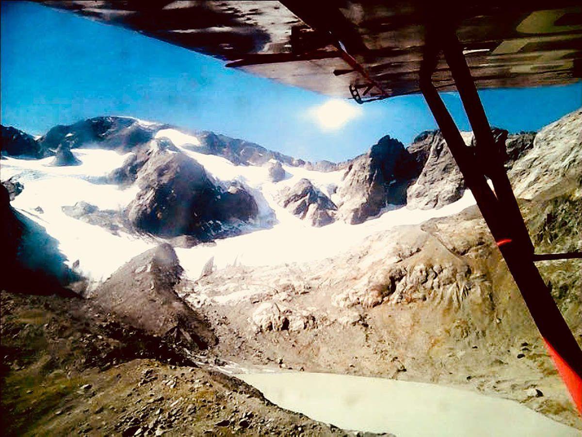 Le glacier des Quirlies en 1992 et en 2017.  Monstre recul