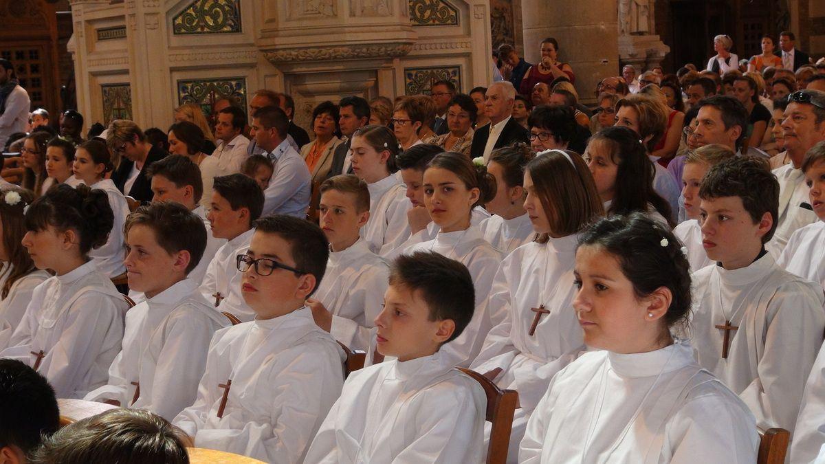 Célébrations des baptêmes et des professions de foi