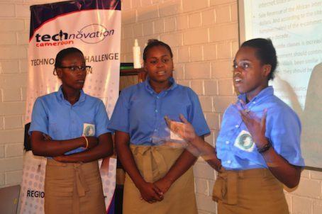 Trois filles camerounaises pleines de génie créateur