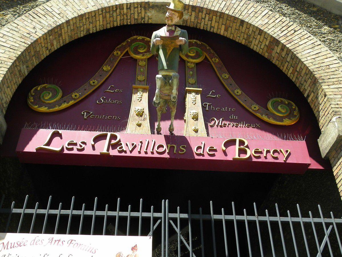 Les Arts Forains à Paris
