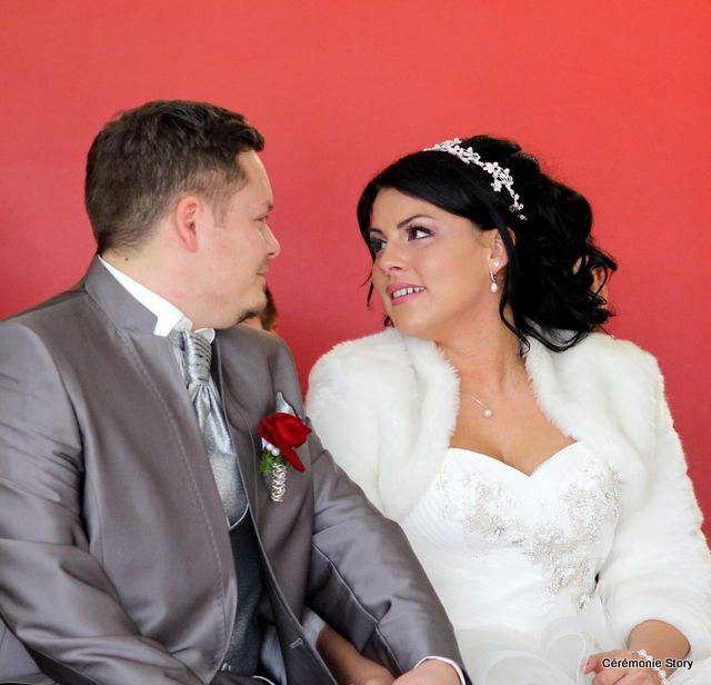 La cérémonie d'engagement d'Aurélia & Sébastien : Amour sincère et grande sensibilité
