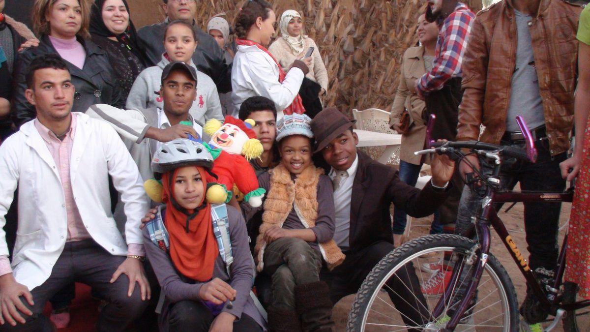 Offrir un vélo à de jeunes filles afin qu'elles puissent avoir accès à l'école, au collège, au lycée.