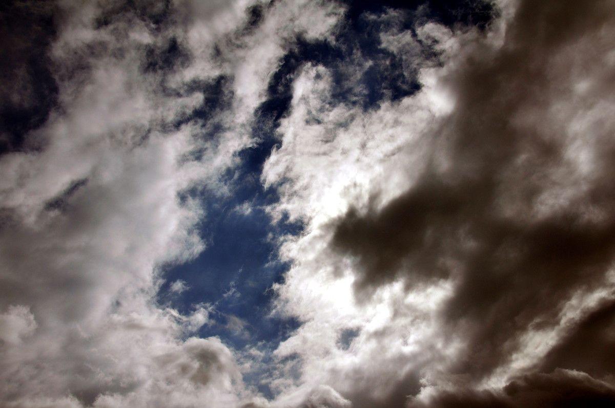 Il ne manque de l'arc en ciel question couleurs.