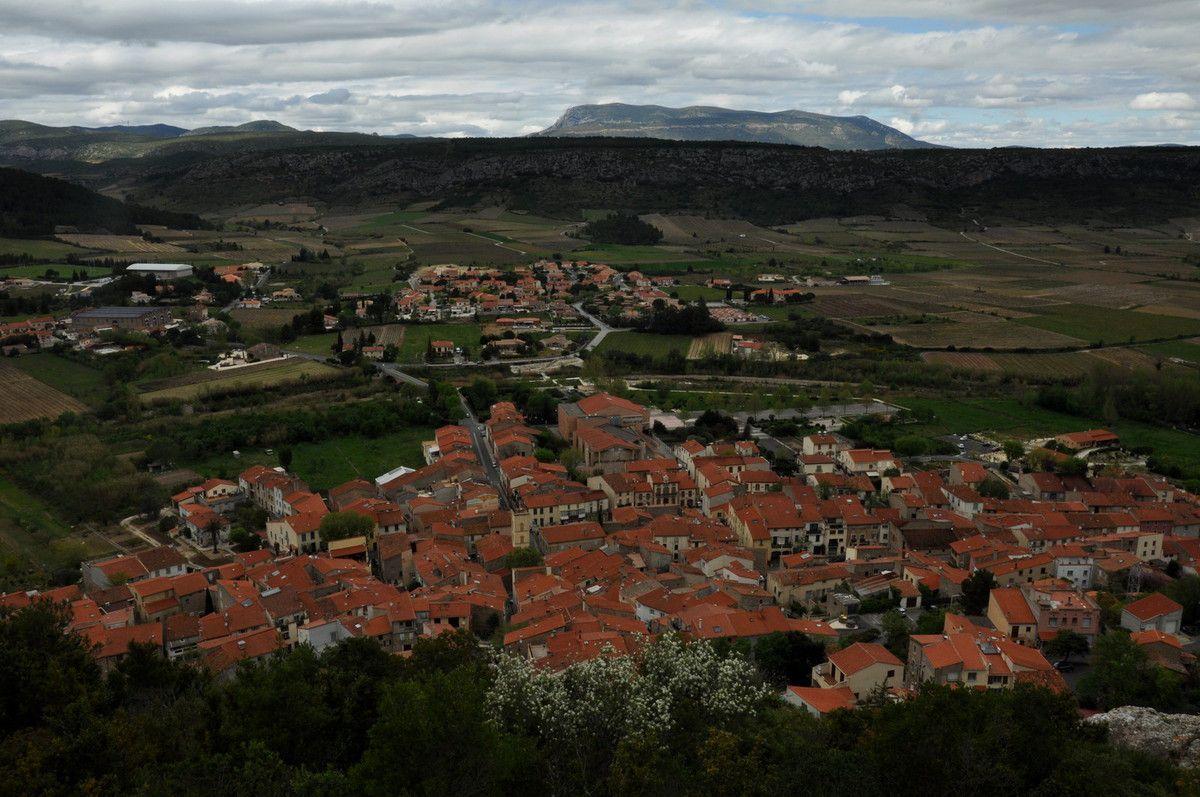 Le village de Tautavel.