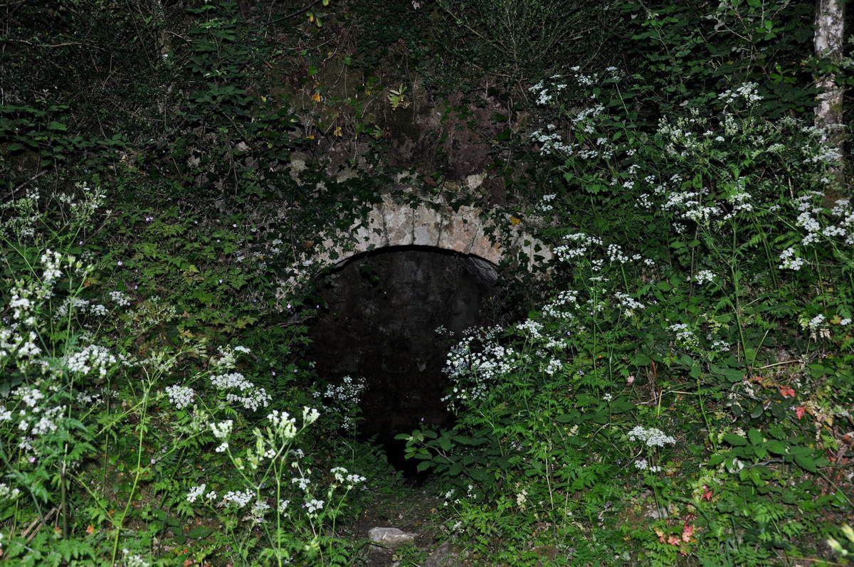 La fontaine de la Jaquettes.