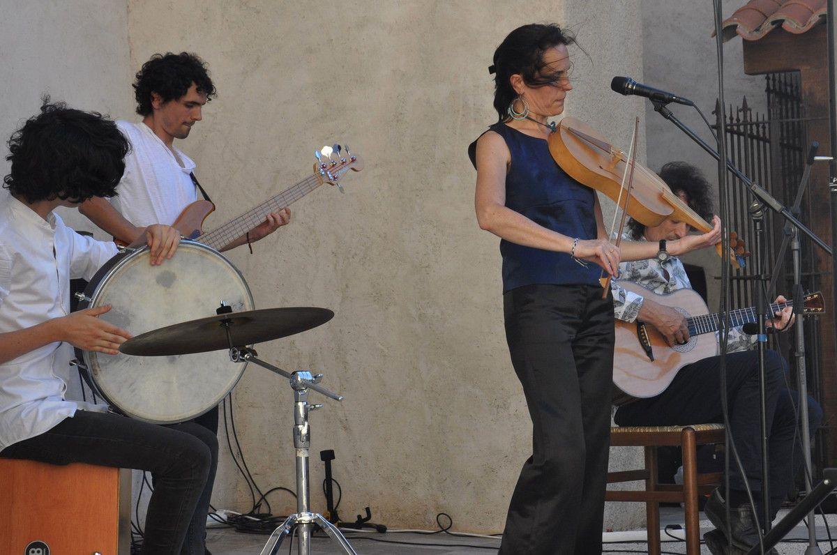 Premier voyage musical avec Schulz et Revel à Latour de France