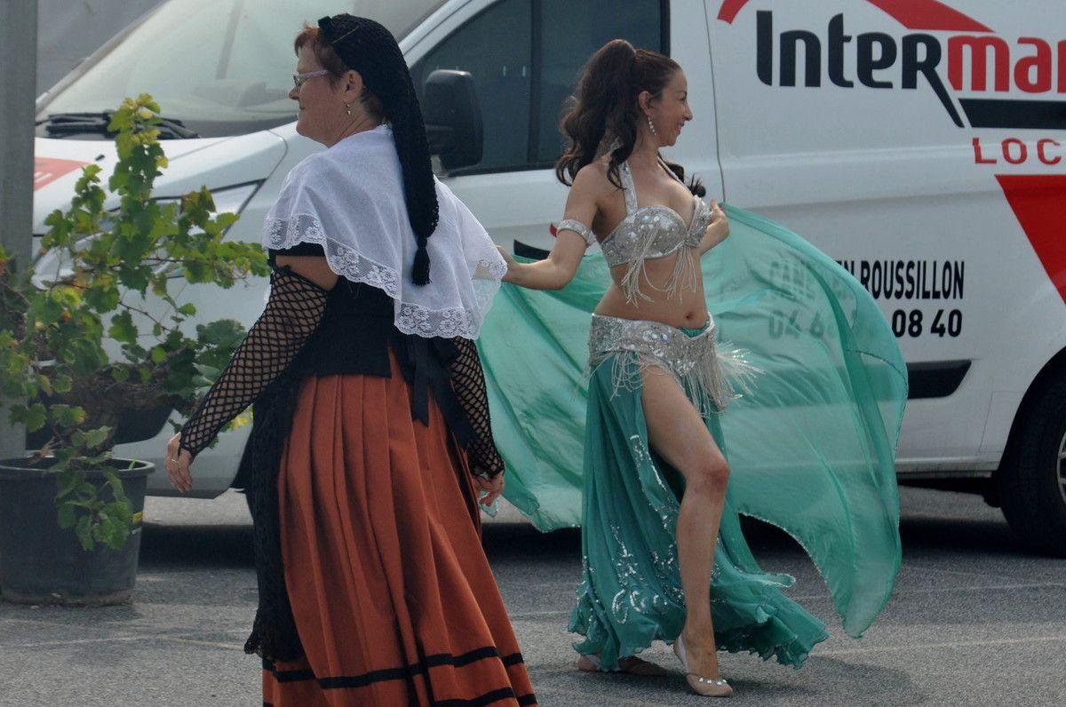 La fin des danses, et la danse orientale commence.
