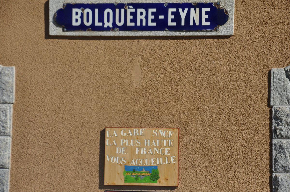 La plus haute de France c'est la gare de Bolquère-Eyne à 1592,78 mètres.