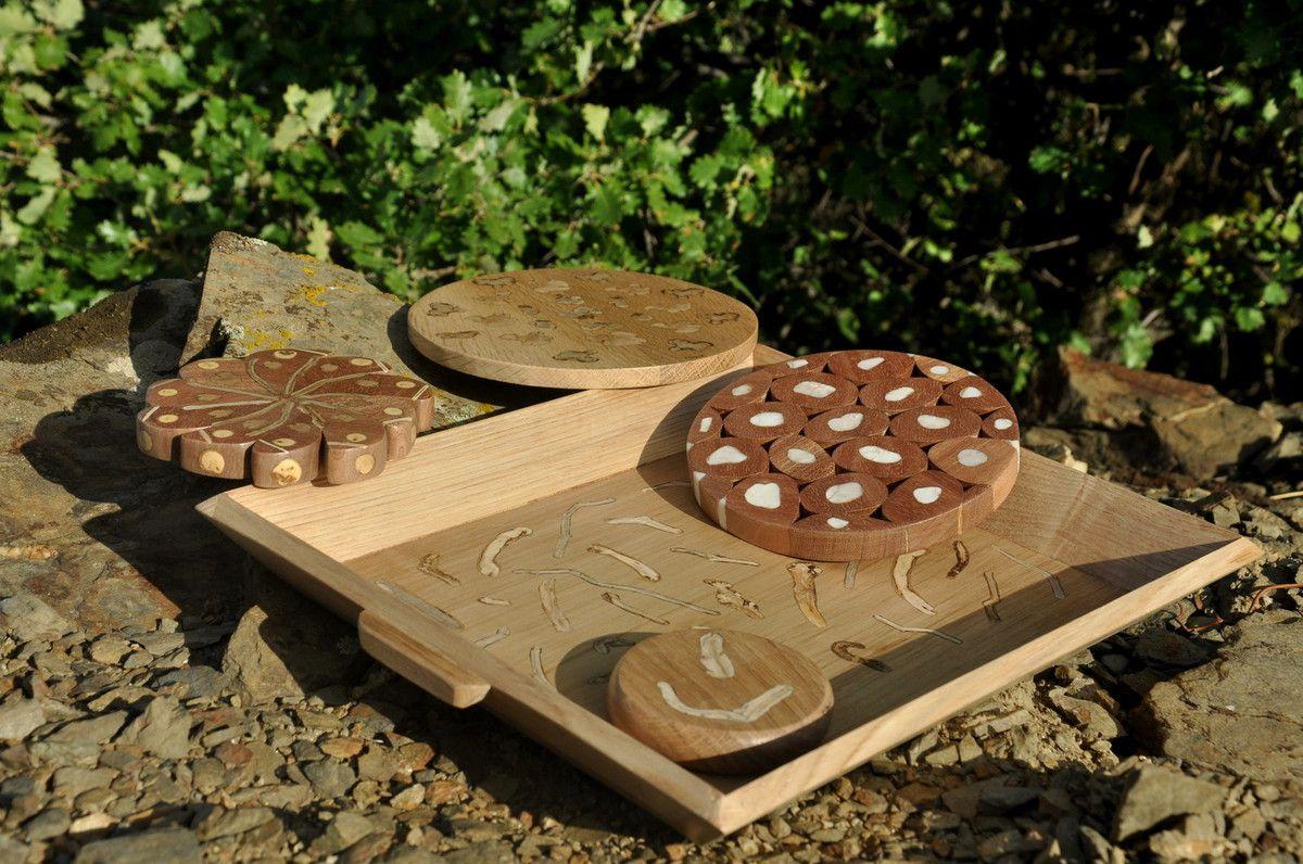 Voici l'objectif pièce en bois dans une présentation nature.