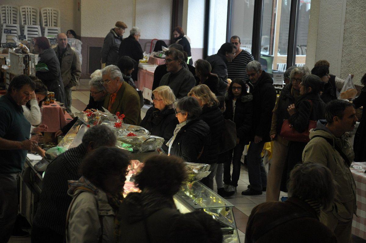 Beaucoup de monde dans la salle des fêtes du Soler.