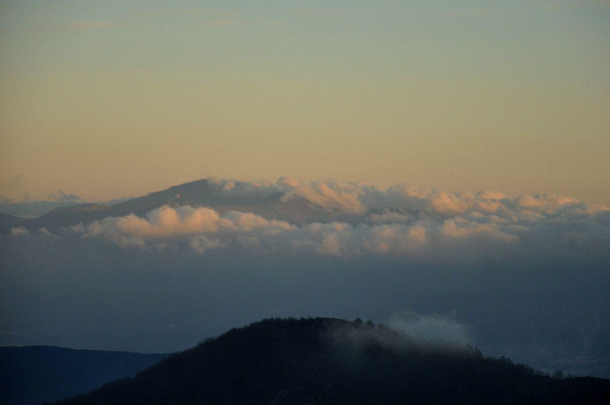 La montagne et les nuages.