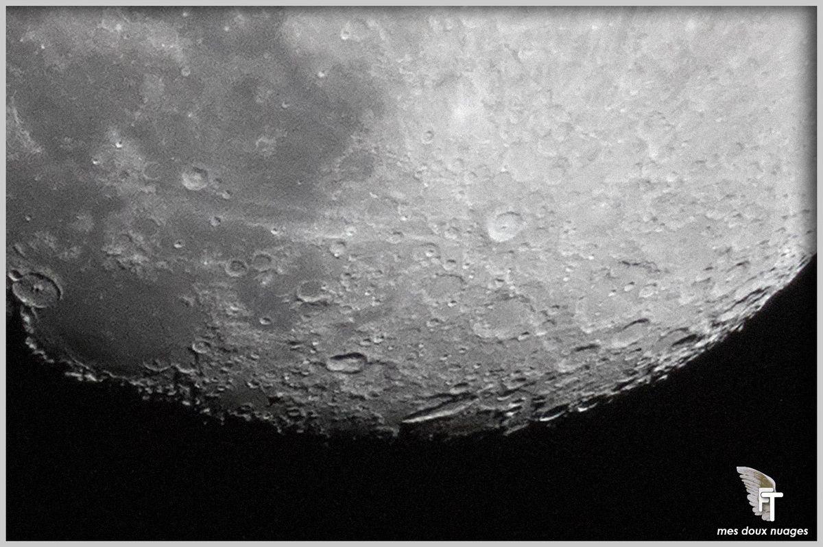 """pôle """"Sud"""" de la lune"""