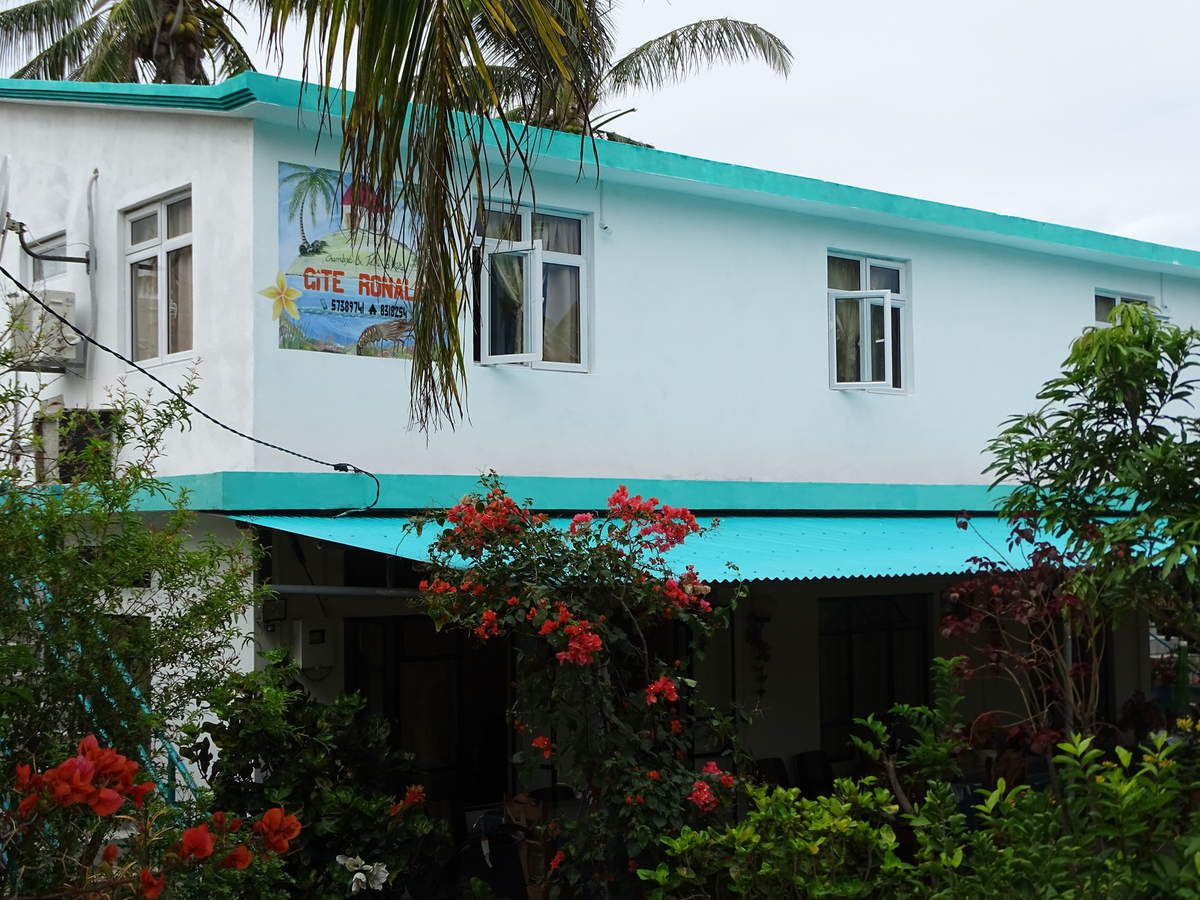 Vacances l 39 le rodrigues allier mayotte for Chambre d hote mayotte