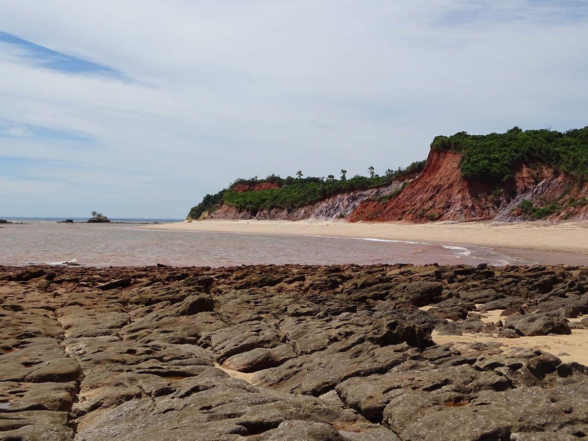 Une plage immense et déserte