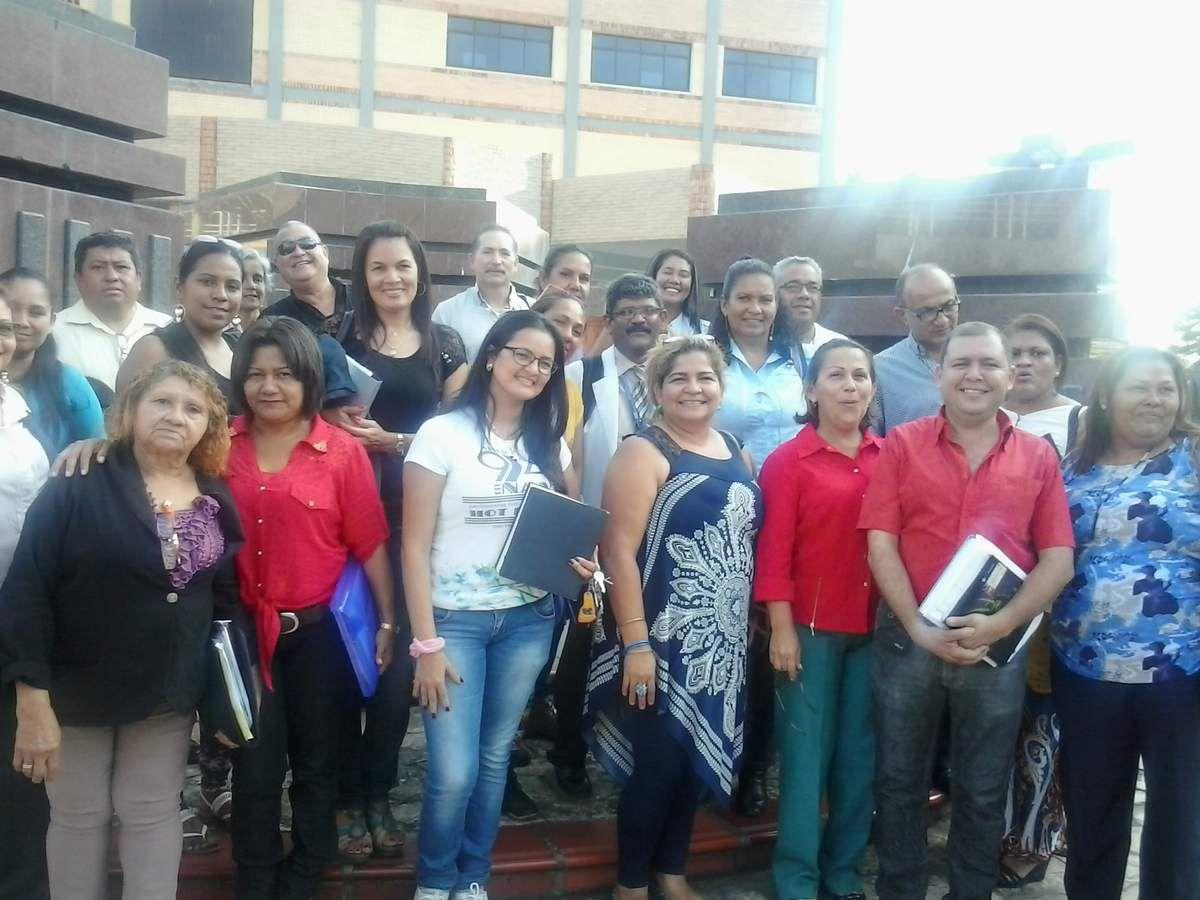 CLASES EN LA UNIVERSIDAD BOLIVARIANA DE VENEZUELA MATURIN 2015