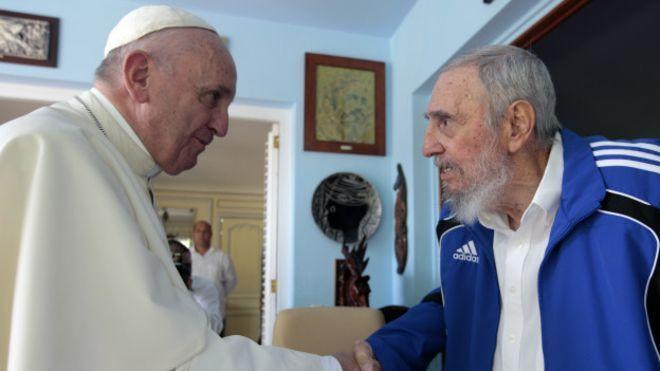 Fidel con Mirta Díaz Balart, con Oliver Stone, con tres Papas, con Nikita Krushev con Leonid Ilich Breznev y con Nicanor Costa Méndez, Canciller de la Dictadura Militar fascista de Argentina.
