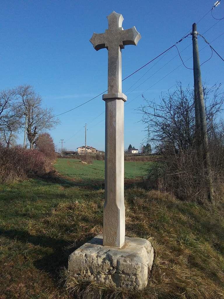 La croix du Noyer