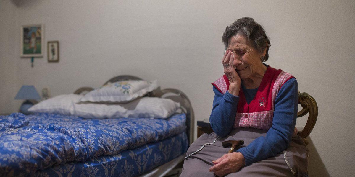 Doña Carmen Martinez Ayuso 85 años desahuciada. Malditos sean