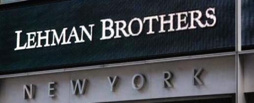 ESPAÑA: ¡¡No te dejes engañar!! Los grandes bancos son igual de peligrosos ahora que cuando quebró Lehman Brothers -- (2008) -- EEUU exige 14.000 millones de dólares al Deutsche Bank por su papel en las hipotecas basura -- &quot&#x3B;La Merkel&quot&#x3B; se muerde las uñas...-- &quot&#x3B;de los pies&quot&#x3B; ja ja ja ¡¡La usura es así&quot&#x3B; jódete