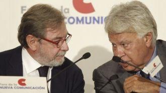 ESPAÑA: ¡¡RAMÓN ESPINAR padre y RAMÓN ESPINAR hijo ROBAN A PARES!! -- Ademas blanquean dinero con un &quot&#x3B;credito&quot&#x3B; de Caja Madrid -- La Guardia Civil tiene que investigar a toda la familia ESPINAR -- El padre es inmensamente rico desde la politica -- Lo mIsmo que VIRGILIO CANO, PEPE ACOSTA y su cuñado &quot&#x3B;chaparro&quot&#x3B;, IGNACIO NAVASCÉS COBIAN y los cientos de consejeros que saquearon Caja Madrid-Bankia ademas de decenas de empresas públicas de la CAM -- No solo con las TARJETAS BLACK  sino con todos los sistemas conocidos y por conocer -- Durante los últimos 30 años -- Lo hicieron los padres y lo hacen los hijos. También los &quot&#x3B;amiguitos del alma&quot&#x3B;. ¡¡TENEMOS MAS LADRONES EN LAS INSTITUCIONES QUE EN TODAS LAS CARCELES JUNTAS!! Malditos sean