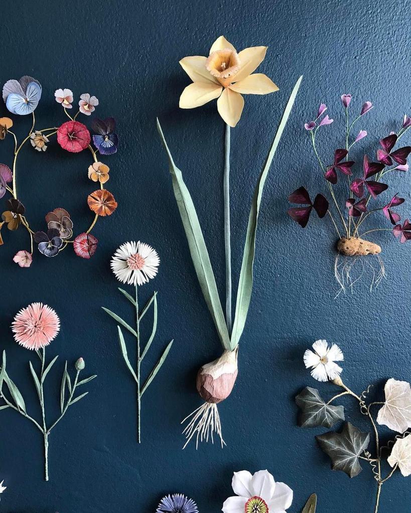 art,paper,papier,paper nature,nature,beautiful,fleurs,flowers,papillons,butterfly,plumes,insectes