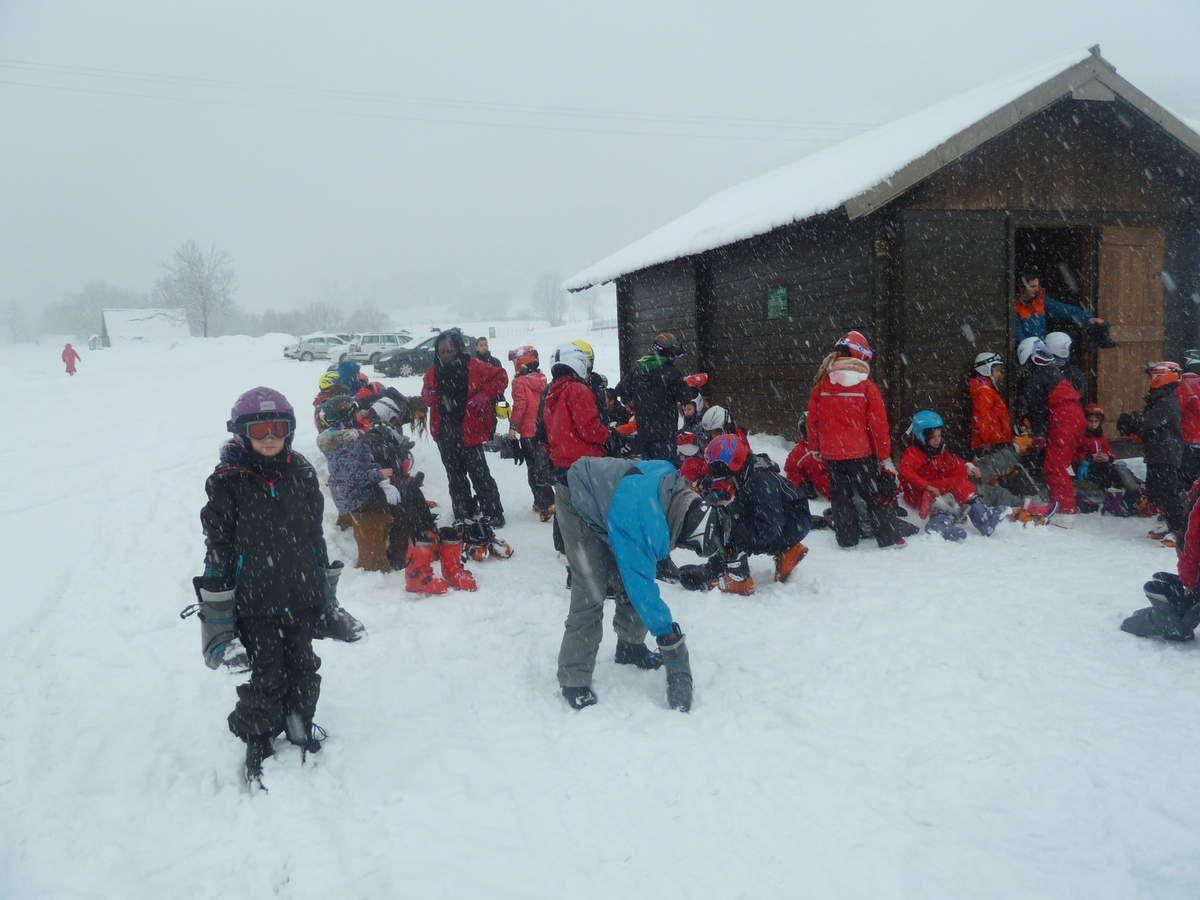 Les CM2 sous la neige...