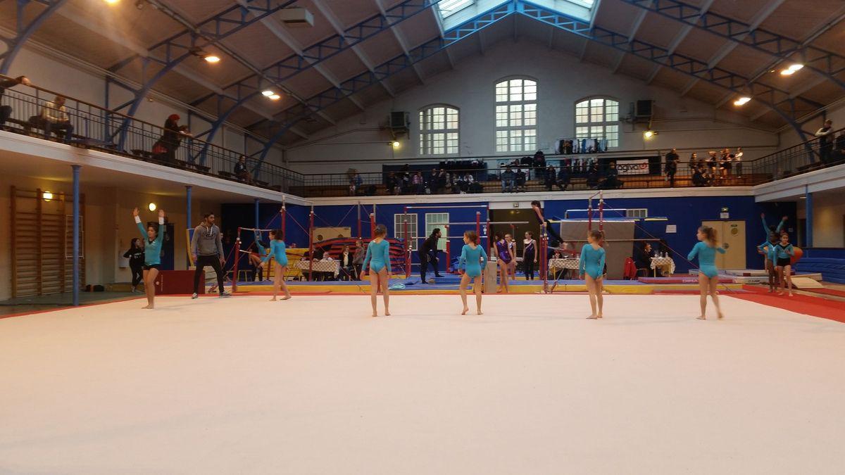 Compétition départementale de Gymnastique sportive féminine de la ... 41436df2941