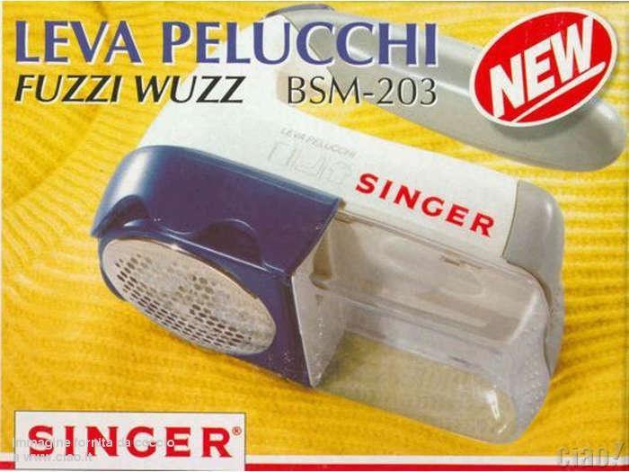 Singer Leva pelucchi